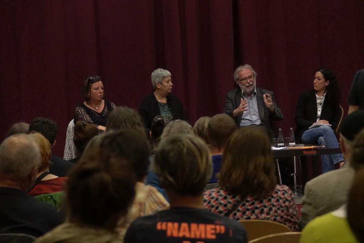 Hildegard Greif-Gross, Seyran Ates, Walter Otte, Naila Chikhi (vlnr)