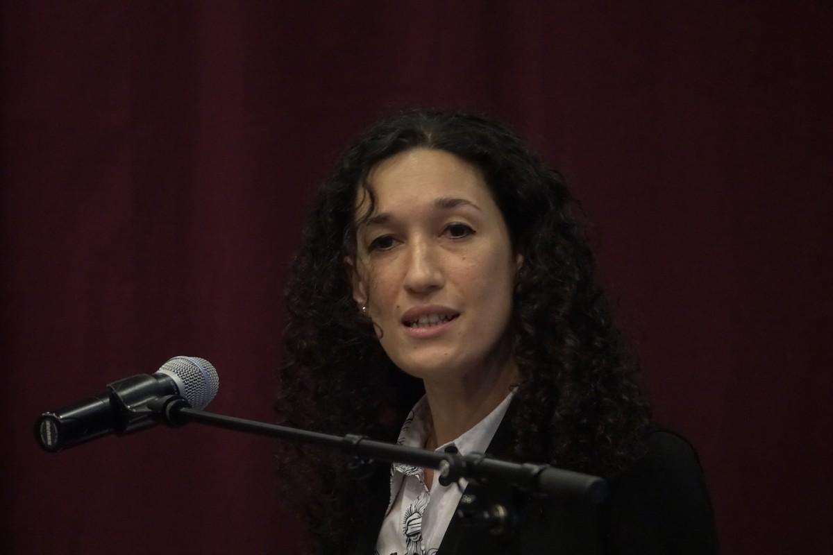 Naila Chikhi